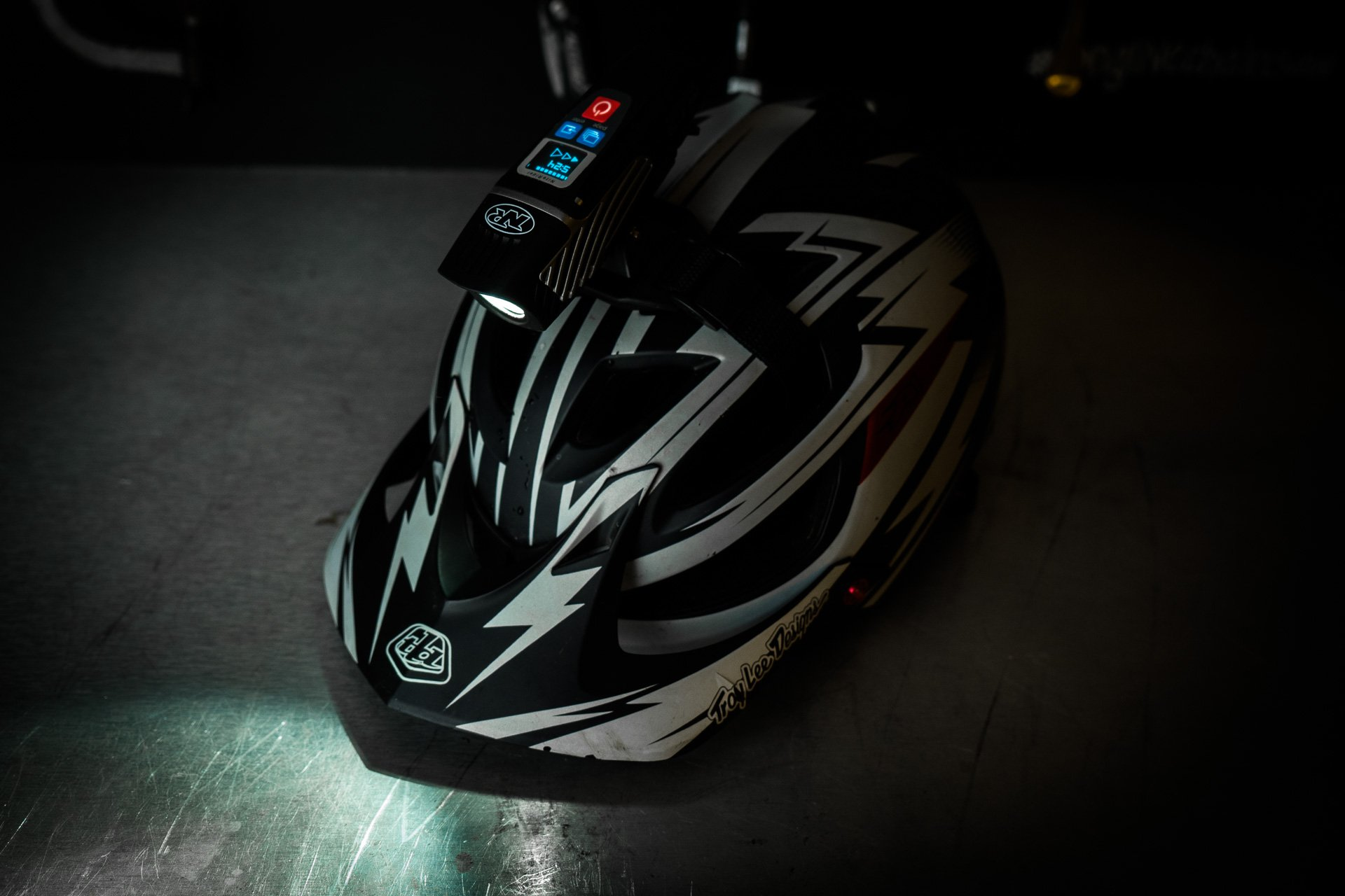 niterider lumina 1100 oled review