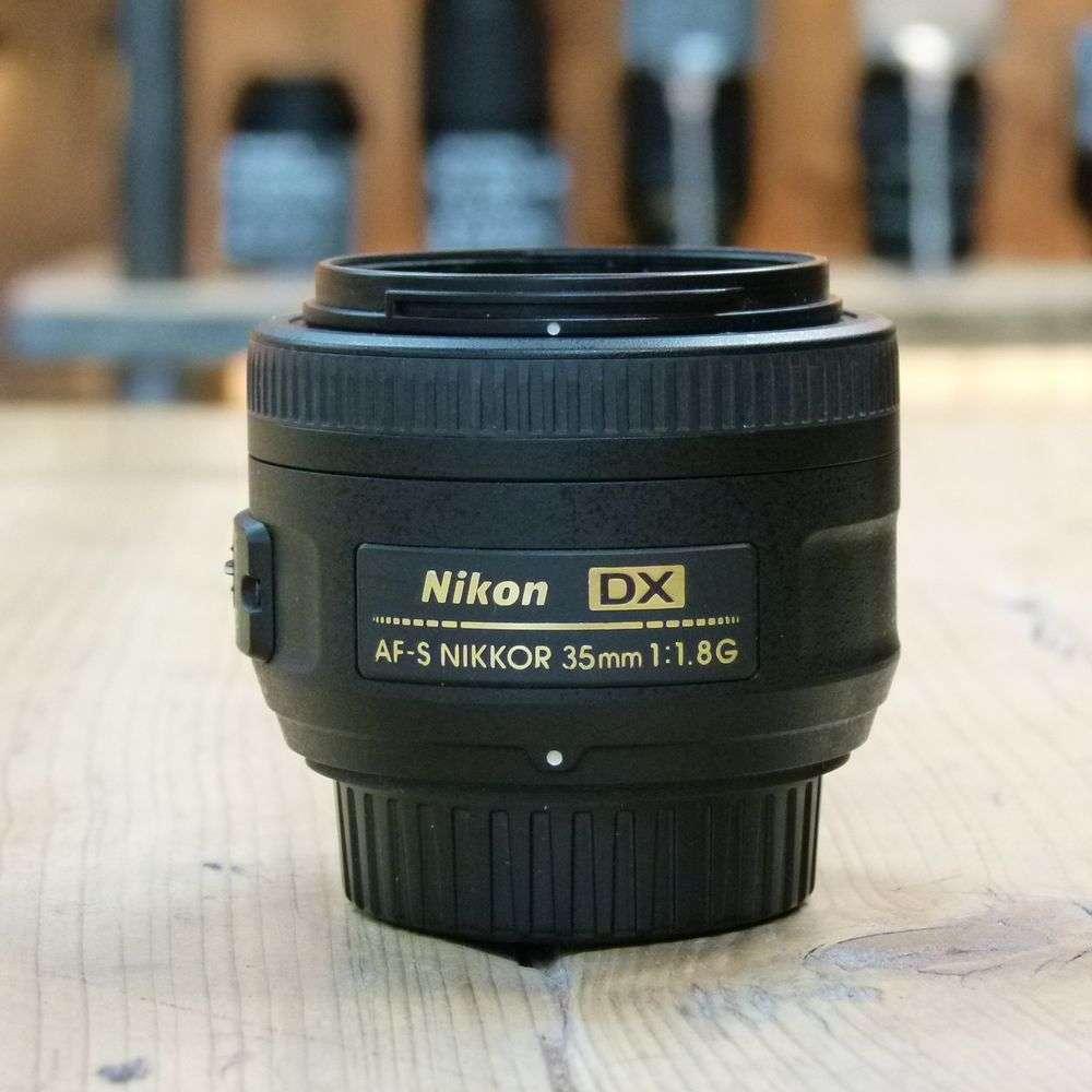 nikon 35mm dx lens review
