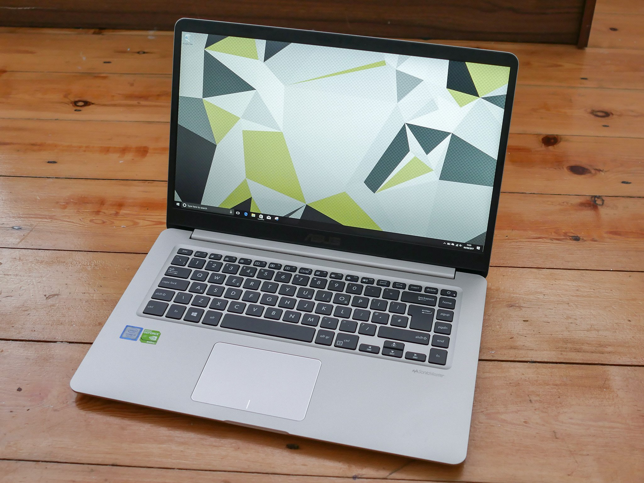 mid range laptop reviews 2017