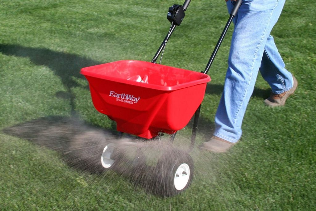 the best lawn fertilizer reviews