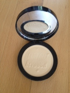 soap and glory kickass powder review