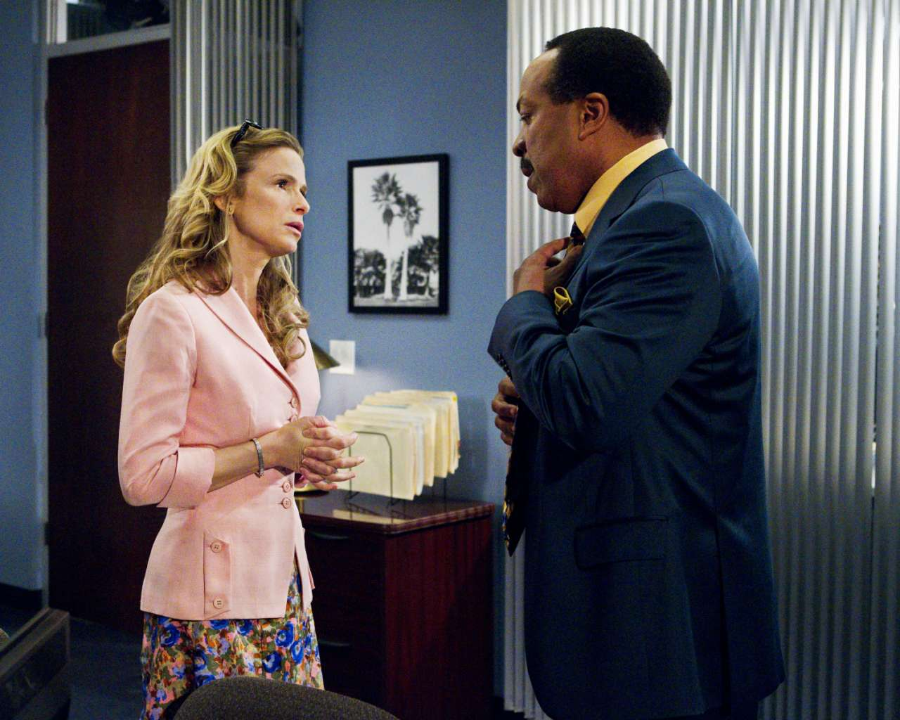 the last woman standing review
